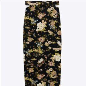 Zara Floral Printed Long Black Cut-Out Skirt